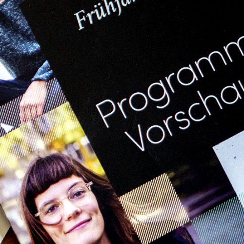 Editorial Design Programmvorschau Ullstein 5 fünf